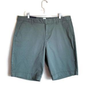 NEW gap bermuda shorts plus size olive green sz 16